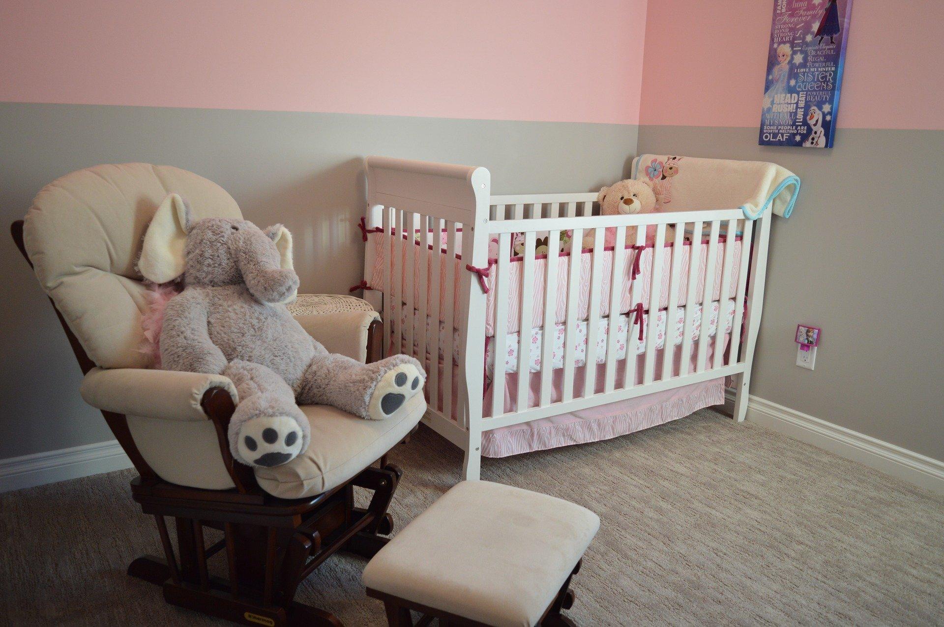 Meuble à langer et chambre bébé 1