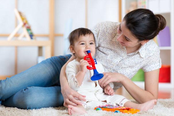 Comment trouver un baby-sitter fiable dans votre ville? 2